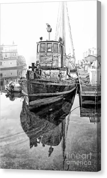 Tug Boat Canvas Print by Hartono Tai