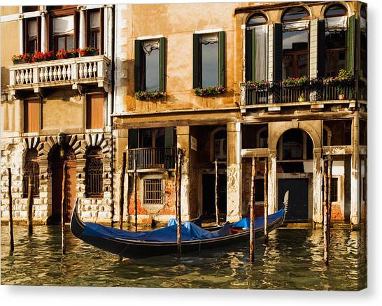 Venice Morning Canvas Print