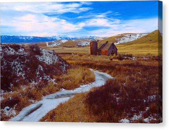 Willow Creek Barn Canvas Print