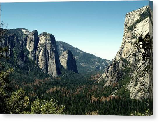 Yosemite Valley Canvas Print by Nick Jones