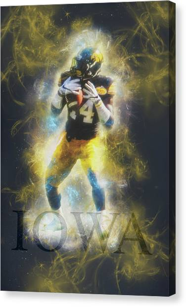 University Of Iowa Canvas Print - 10698 The Receiver by Pamela Williams