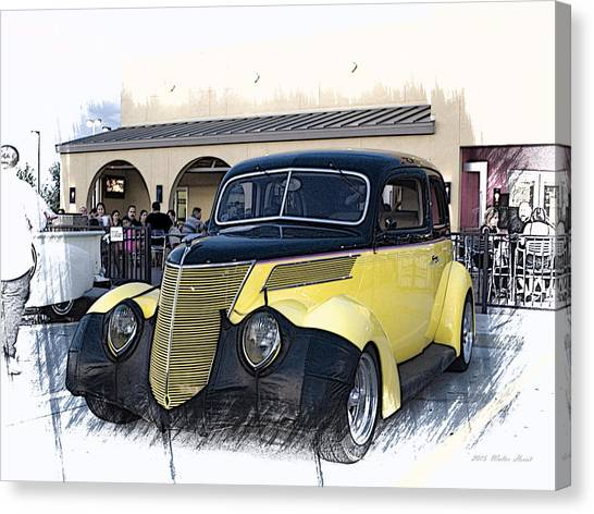 1937 Ford Deluxe Sedan_a2 Canvas Print
