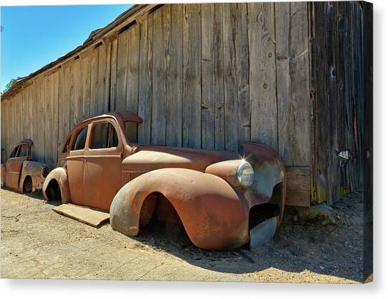 Canvas Print - 1939 Buick, Half-rust by Daniel Furon
