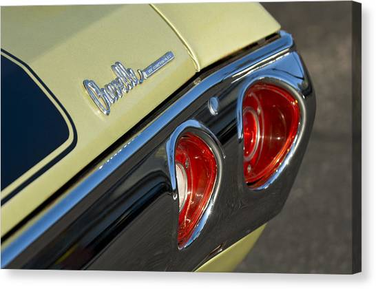 Chevelle Canvas Print - 1971 Chevrolet Chevelle Malibu Ss Tail Light by Jill Reger