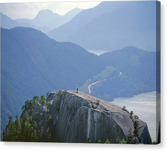 1m2918 South Summit Stawamus Chief From Second Summit Canvas Print