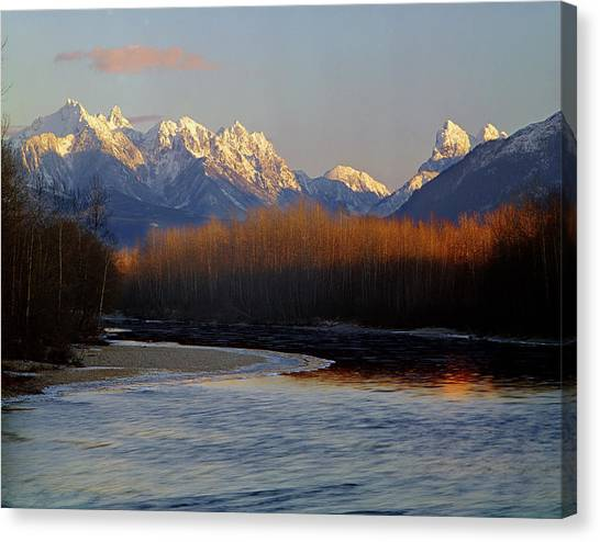 1m4525 Skykomish River And West Central Cascade Mountains Canvas Print