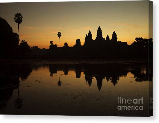 Angkor Wat Canvas Print by Stefano SmallBoy Tomassetti - Photodreamer