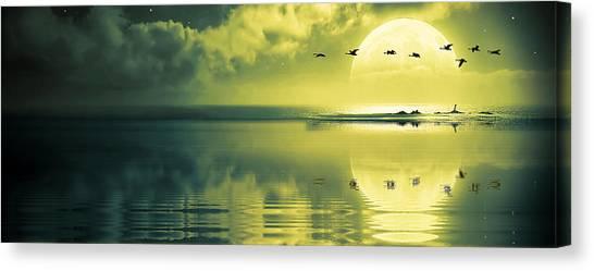 Fullmoon Over The Ocean Canvas Print