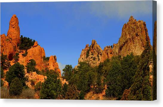 Garden Of The Gods Canvas Print by Patrick  Short