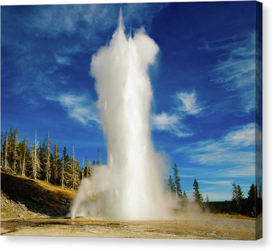 Canvas Print featuring the photograph Grand Geyser by Norman Hall