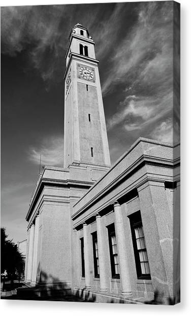 Memorial Tower - Lsu Bw Canvas Print