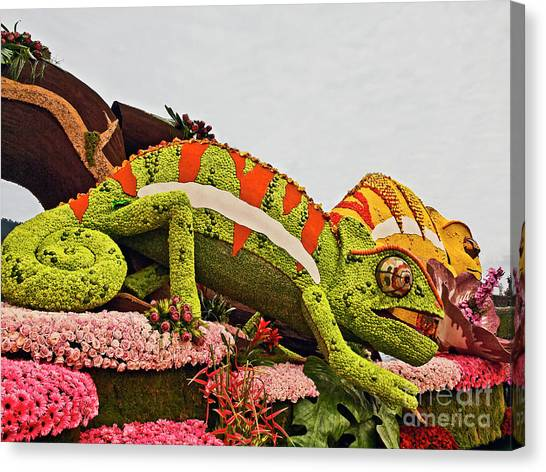 Cal Poly Canvas Print - Green Lizard 2017rp067 by Howard Stapleton