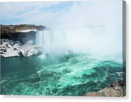 Niagara Falls Scenery In Winter Canvas Print