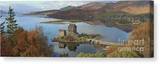 Eilean Donan Castle - Panorama Canvas Print