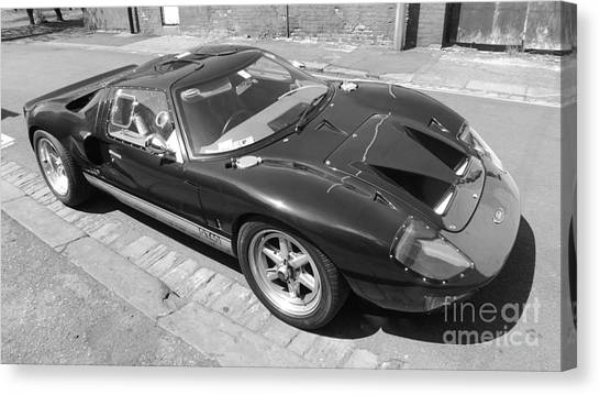 Ford Gt40 Canvas Print