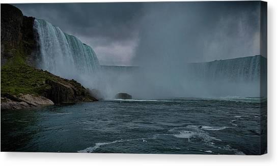 Horseshoe Falls Canvas Print - Niagara Falls by Martin Newman