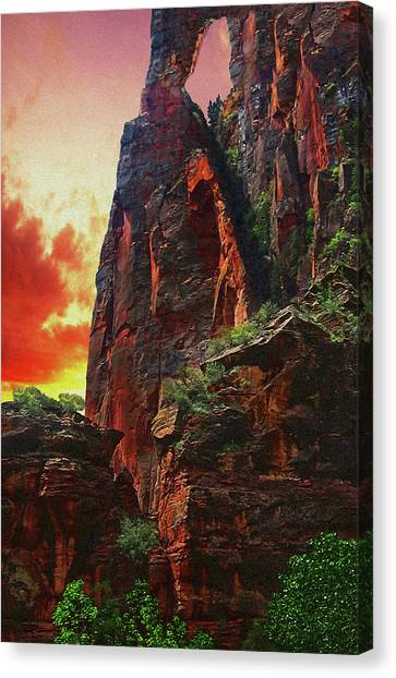 Sunrise In Canyonlands Canvas Print