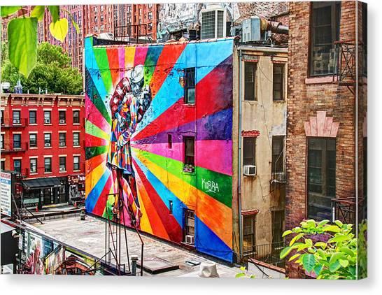 V - J Day Mural By Eduardo Kobra Canvas Print