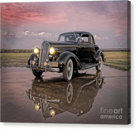 36 Plymouth Reflections Canvas Print