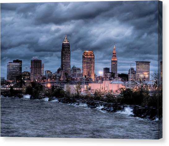 Cleveland Skyline At Dusk From Edgewater Park Canvas Print