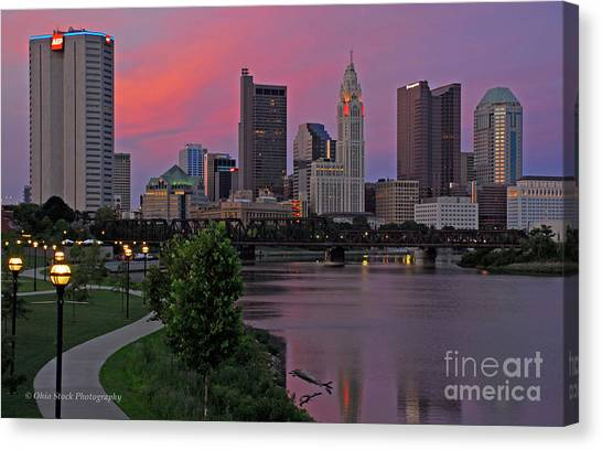 D2l37 Columbus Ohio Skyline Photo Canvas Print