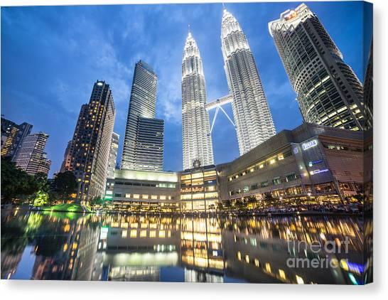 Kuala Lumpur Petronas Towers Canvas Print