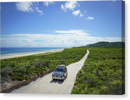 4wd Car Exploring Remote Track On Sand Island Canvas Print