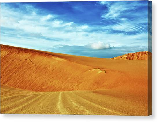 Sandy Desert Canvas Print - Desert by MotHaiBaPhoto Prints