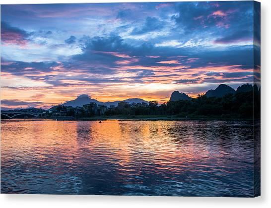 Sunrise Scenery In The Morning Canvas Print