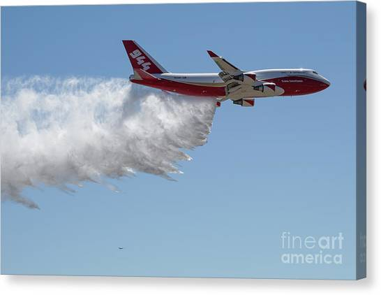 747 Supertanker Drop Canvas Print