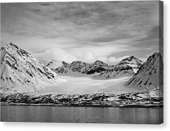 79 Degrees North O Canvas Print by Terence Davis