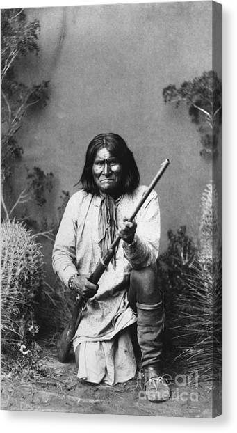 Artcom Canvas Print - Geronimo (1829-1909) by Granger