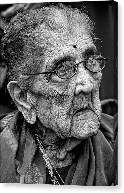 96 Year Old Indian Woman India Day Parade Nyc 2011 2 Canvas Print