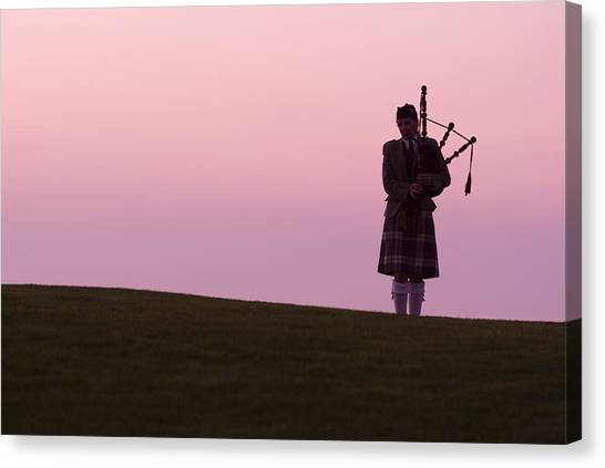 Bagpipes Canvas Print - A Bagpiper On A Golf Course by Richard Nowitz