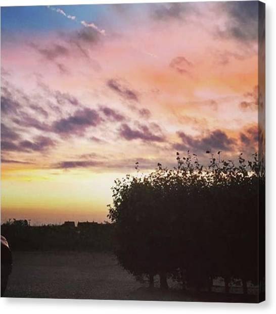 Canvas Print - A Beautiful Morning Sky At 06:30 This by John Edwards