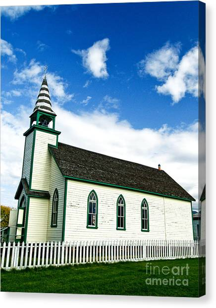 A Church In The Eighteen Hundreds Town Of Fort Steele Bc Canada Canvas Print by Emilio Lovisa