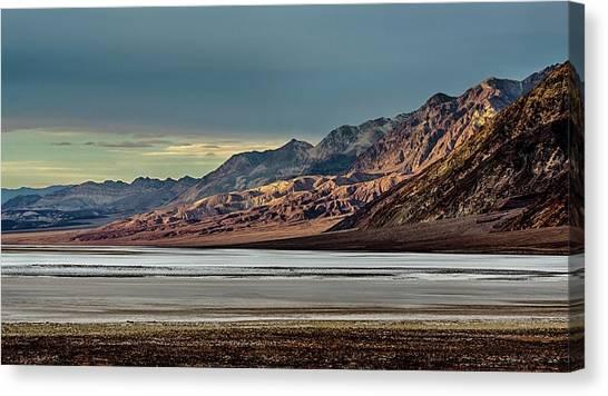 A Glow On The Amargosa Range Canvas Print