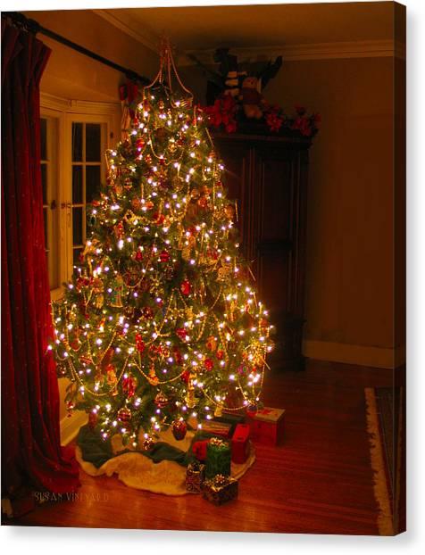 A Jewel Of A Christmas Tree Canvas Print