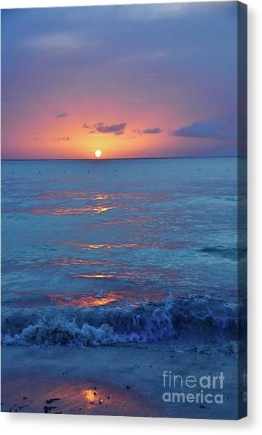 A Perfect Finish Canvas Print