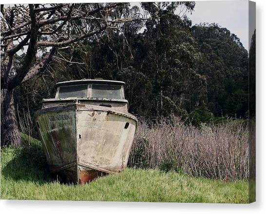 A Retired Old Fishing Boat On Dry Land In Bodega Bay Canvas Print