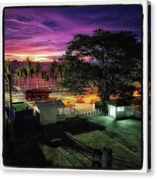 Canvas Print featuring the photograph A Room With A View. This Was A Few by Mr Photojimsf