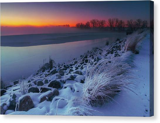 A Sunrise Cold Canvas Print