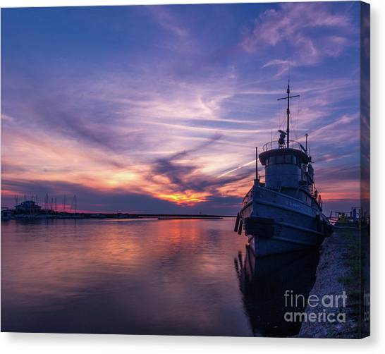 A Tugboat Sunset Canvas Print