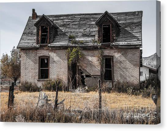 Abandoned House Canvas Print - Abandoned House In Central Utah by Gary Whitton