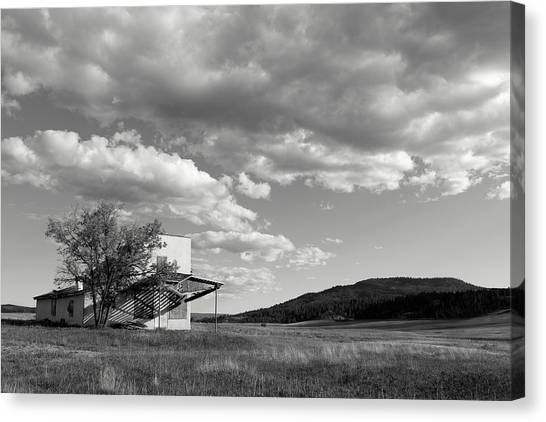 Abandoned In Wyoming Canvas Print