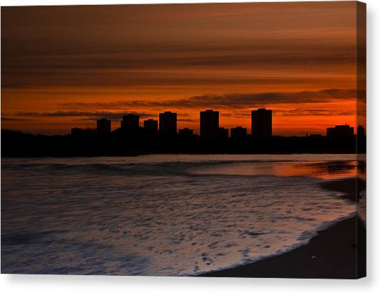 Aberdeen By Sunset Canvas Print