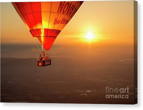 Canvas Print featuring the photograph Adrift In The Mist At Sunrise by Ray Warren