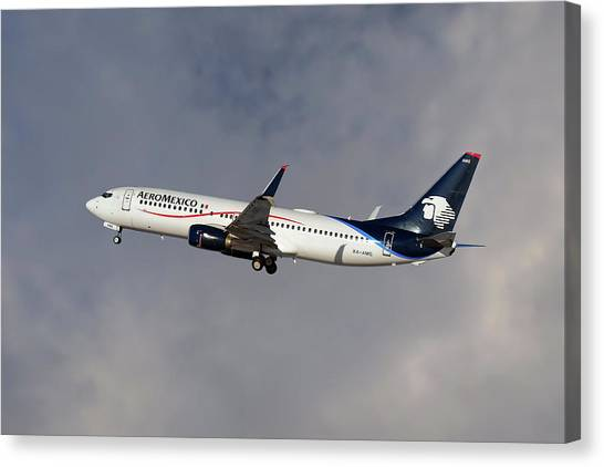 Airlines Canvas Print - Aeromexico Boeing 737-81d by Smart Aviation