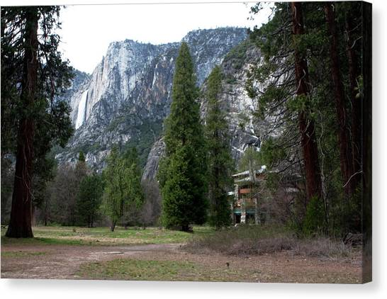 Canvas Print featuring the photograph Ahwahnee Setting by Lorraine Devon Wilke