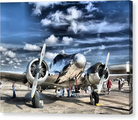 Aircraft Canvas Print - Air Hdr by Arthur Herold Jr